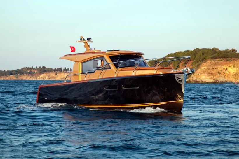 Продажа маленькой яхты Angel Baby (Энджел Бейби). Небольшая яхта длинной в 9.30 метров и шириной в 3.15 метров. Маленькая яхта Энджел Бейби в Турции. Продажа яхт в Россию и Украину - Yahtastambul.com