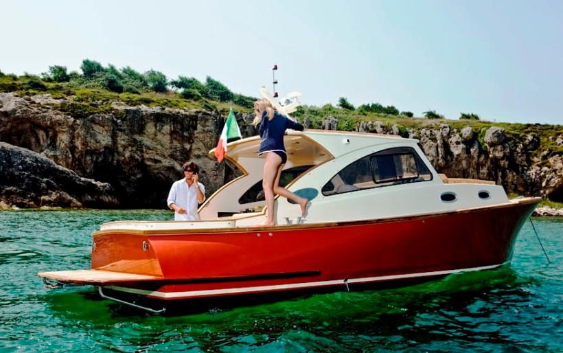 Продажа яхт и катеров в Турции. Яхта Энджел Фэмили великолепная маленькая яхта для семейного отдыха или отдыха на воде в кругу друзей. Купить яхту в Турции – YahtaStambul.com