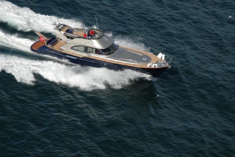 Купить 18 метровую яхту Ангел Гигант Лобстер 62 в Турции. Яхта больше чем 15 метров это престижный статус для хозяина яхты. купить яхту недорого возможно в Турции с помощью сята продаж яхт и катеров Yahtastambul.com