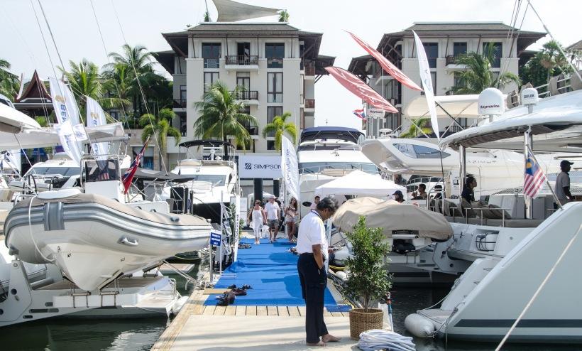 Международная выставка яхт и катеров PIMEX 2013 - YahtaStambul.com Купить яхту, Купить маленькую яхту в Турции, Купить яхту в Стамбуле, Купить катер или мегаяхты и мини яхты.