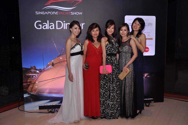 Выставка Яхт Singapore Yacht Show 2013, продажа яхт, катеров мини яхт и мега яхт - YahtaStambul.com