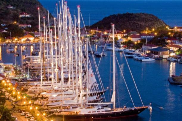 ST BARTHS Подумали Куплю яхту или купить мини яхту в Турции пишите нам - Yahtastambul.com