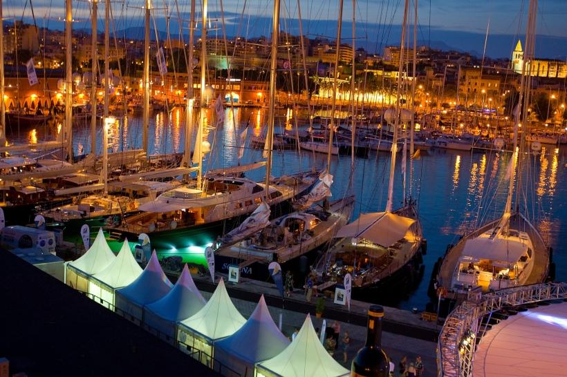 Яхты на международном кубке супер яхт The Super Yacht Cup 2013 - Yahtastambul.com, The Super Yacht Cup 2013, Кубок Супер Яхт 19 - 22 июня в городе Пальма де Майорка в Испании - Yahtastambul.com